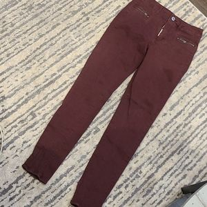 American Eagle tapered skinny jeans w zippers